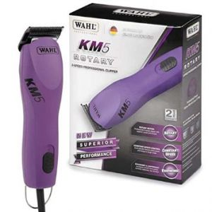 Wahl KM-5 clipper includes Wahl Stainless Steel 8x Metal Guide Combs.