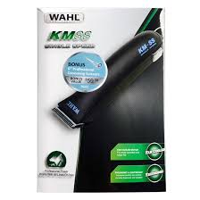 Wahl KM-Single Speed Clipper with bonus Wahl Italian series 6 inch scissor. Also includes 4x metal guide combs.