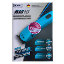 Wahl KM-10 clipper comes with Wahl #10 blade plus #7F blade.